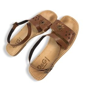 D&G 90's style leather sandals w/ wrap ankle strap